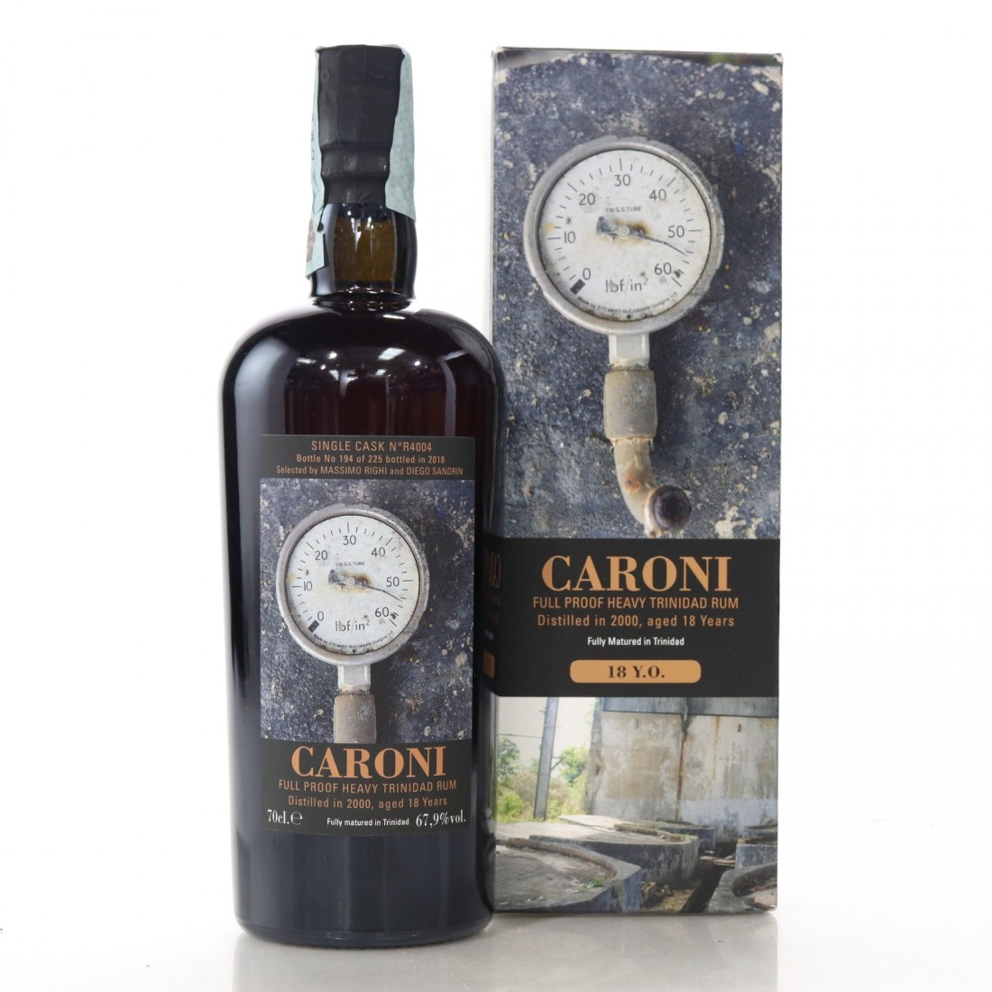 Caroni 2000 Velier 18 Year Old Single Cask Heavy #R4004 / Whisky Antique