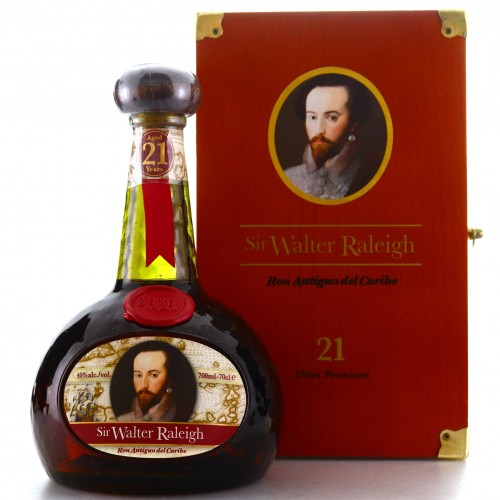 Sir Walter Raleigh Ron Antiguo Del Caribe
